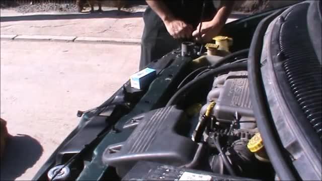 változás izzó Dodge Caravan