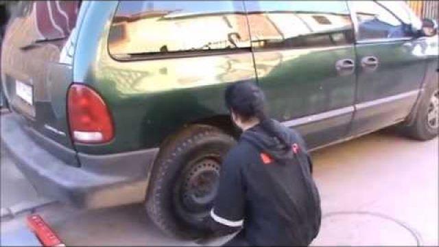 Cambio de amortiguador dodge caravan
