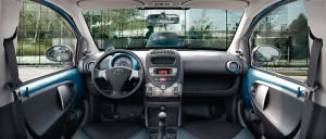 Interior del Toyota Aygo Cool Soda