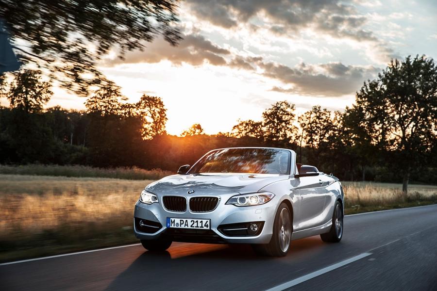 BMW apresentou o BMW Série Convertible 2 o Paris Motor Show