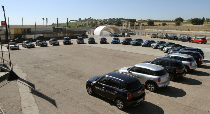Mini features differentiate your vehicle fleet