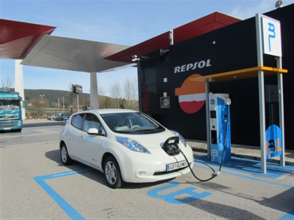 Nissan IBIL and installed the first point quickly load Cantabria