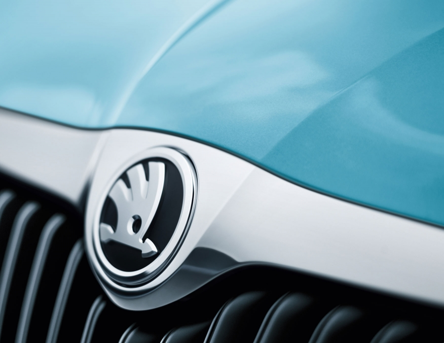Models of Skoda Fabia and Roomster premiere logo