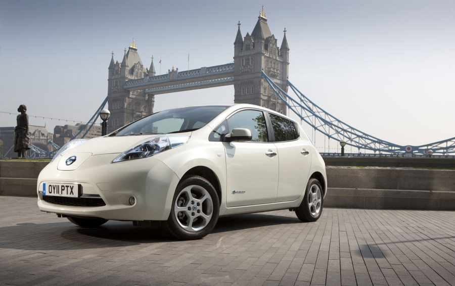 The Nissan Leaf reduces its price to € 33.900