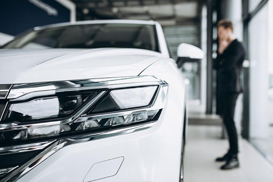 انهيار قوي في مبيعات السيارات في مارس بسبب الوباء