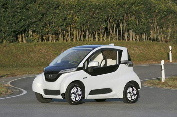 """होंडा मिनी उसके प्रोटोटाइप इलेक्ट्रिक कार 'प्रोटोटाइप माइक्रो Communer """"पता चलता है"""