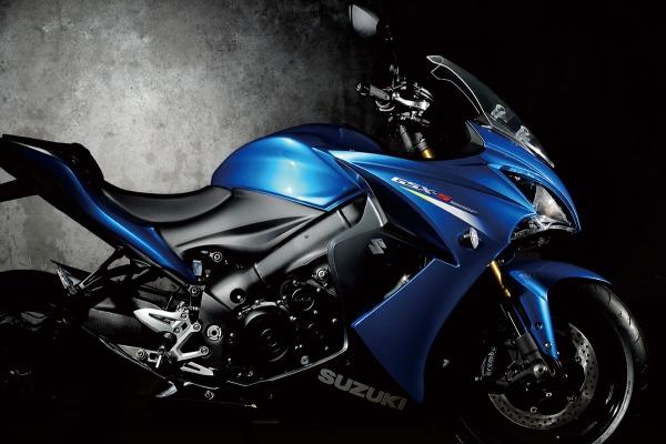 Suzuki Suzuki presenta Indirizzo e Suzuki GSX-S1000F