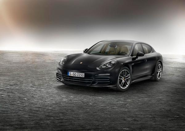 Porsche Panamera edisi khusus, kau tahu?