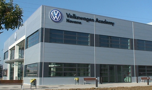 Volkswagen and the University of Navarra launched the Master in Production