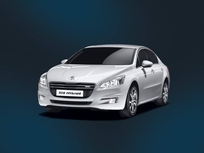 Peugeot हाइब्रिड 508 4 आता है