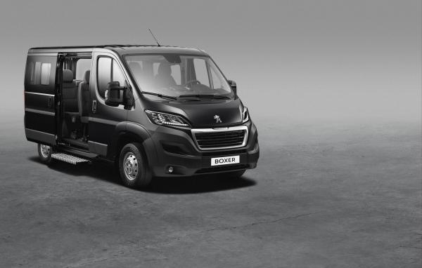 Combi Peugeot Boxer, il nuovo furgone Peugeot combi