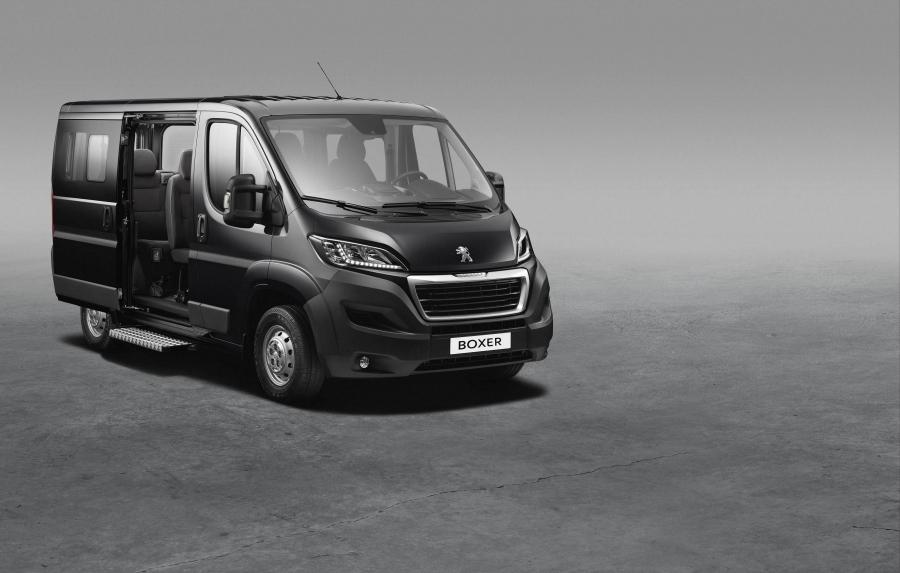 Combi Peugeot Boxer, den nya Peugeot kombi minibuss