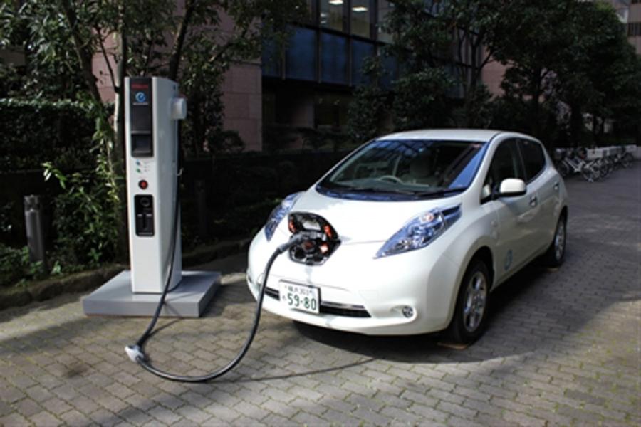 Erhöht Schnellladestationen für Elektrofahrzeuge