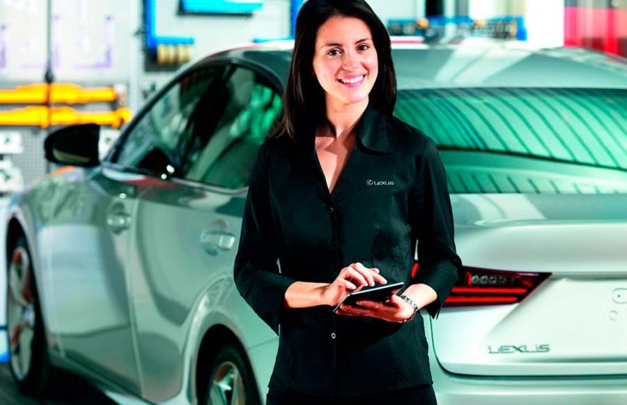 Avere una Lexus? Calcola il tuo manutenzione!