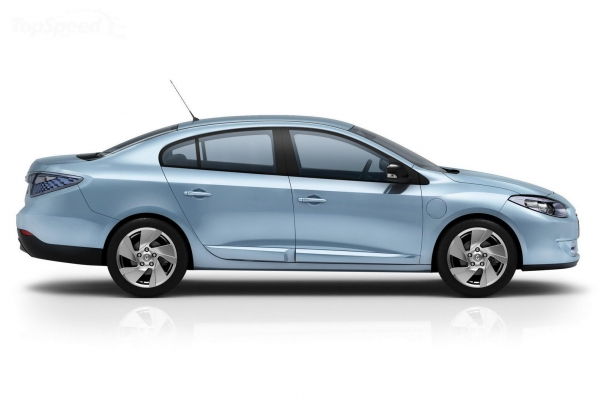 नई Renault Fluence