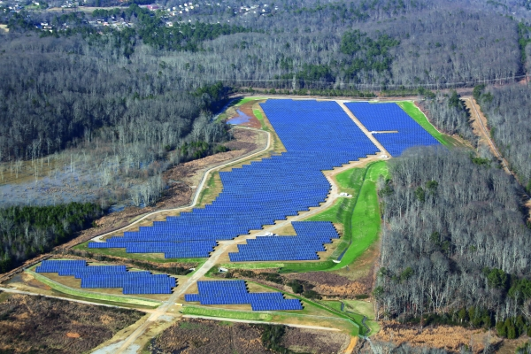 Volkswagen vytvořil solární park, který se používá energie k výrobě Passat